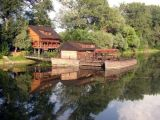 The water mill facility offers its visitors a daily cultural program throughout the summer